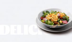 Salada com Queijo Fresco Halloumi Frito