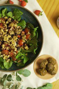 Salada de Queijo Fresco Chankliche